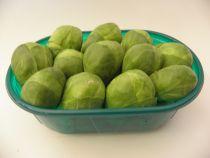 Rosenkohl geputzt Schale à 350 Gramm  (100g = Fr. 1.28)  Sehr vitamin- und nährstoffreiches Kochgemüse. Schale à 350 Gramm