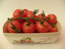 Cherry Tomaten am Zweig  Schale à 250 Gramm  (100g = Fr. 1.20)